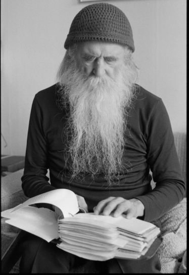 Moondog reading Braille notes, Stockholm 1986